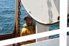 Pêcheur en pleine mer