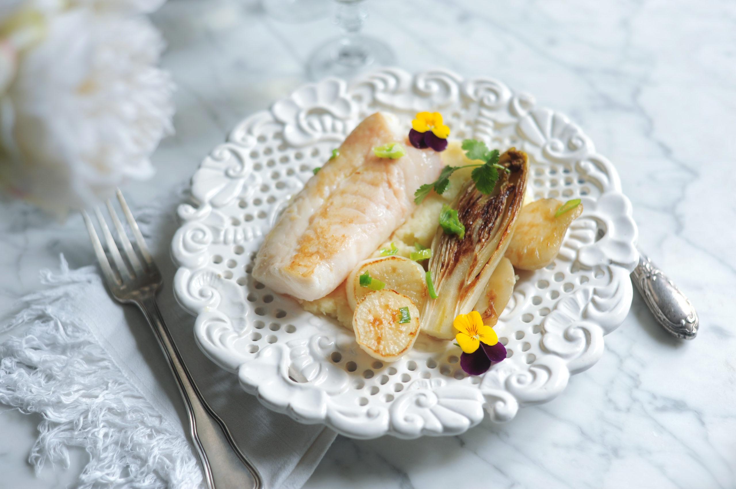 Recette de St Pierre à la crème de panais et ses légumes racine rôtis au gingembre